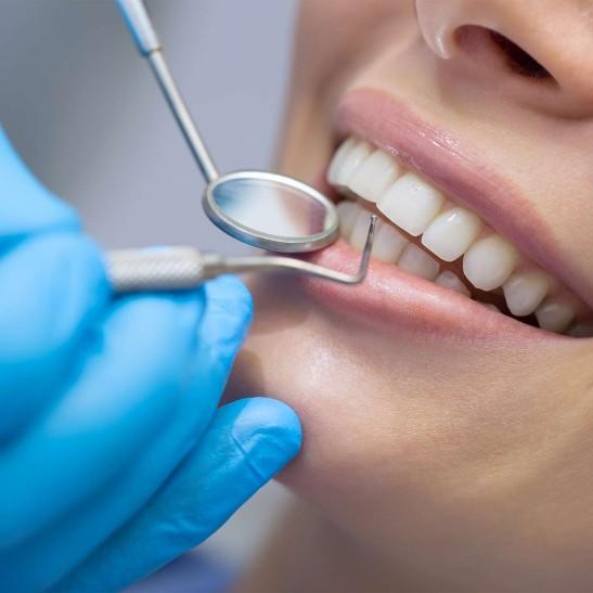 Естетична стоматологія клініка Бунь
